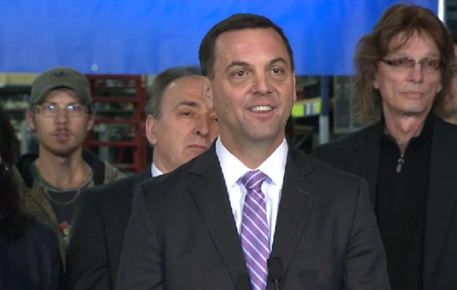 VIDEO: Tim Hudak grins his way through an excruciating election kick-off photo-op
