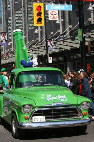 Steam Whistle debuts beer delivery service for downtown Toronto