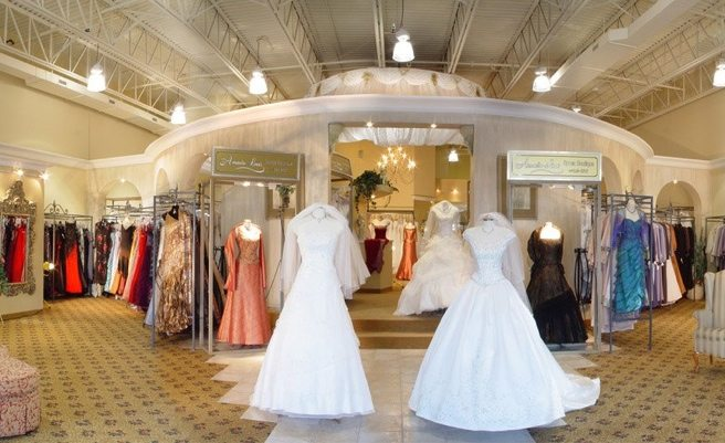 <em>Say Yes To The Dress</em> is coming to Canada (but it won't be filmed at Kleinfeld)