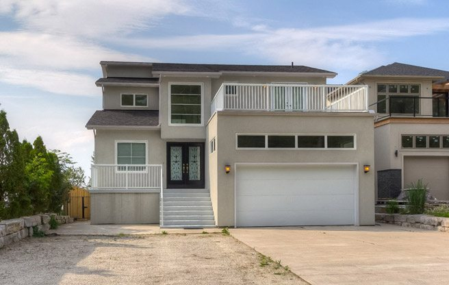 Cottage of the Week: $1.2 million for a Wasaga Beach home on the sand