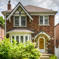 Sale of the Week: the $1.3-million Leaside home that shows the power of a well-timed bully offer