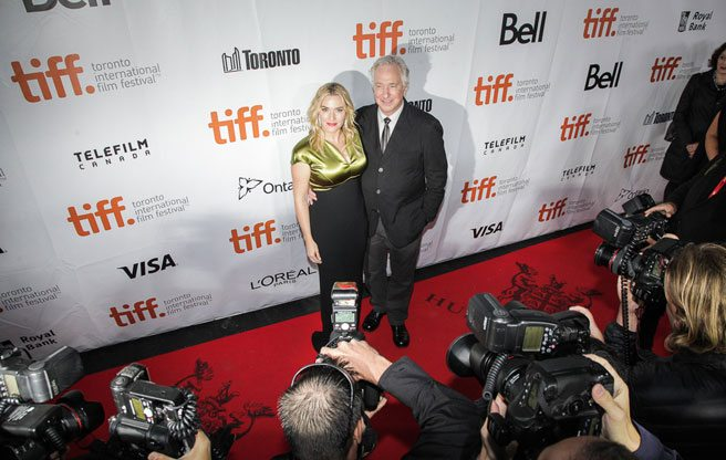 Kate Winslet turns TIFF's closing red carpet into a full-on media frenzy