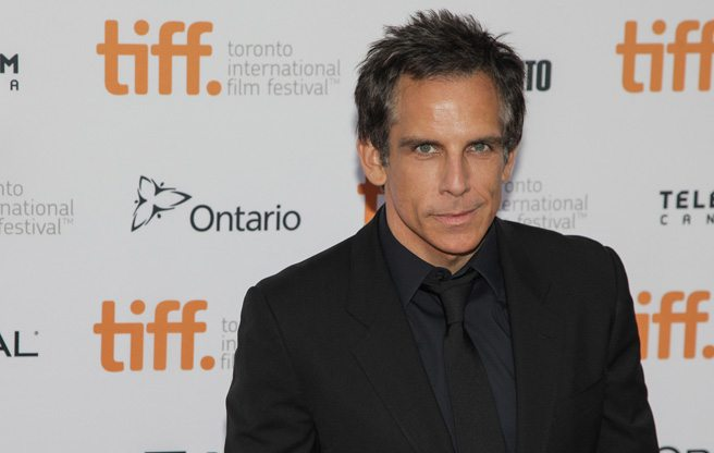 Ben Stiller, Naomi Watts and Adam Driver breeze by the crowds at <em>While We're Young</em>'s red carpet