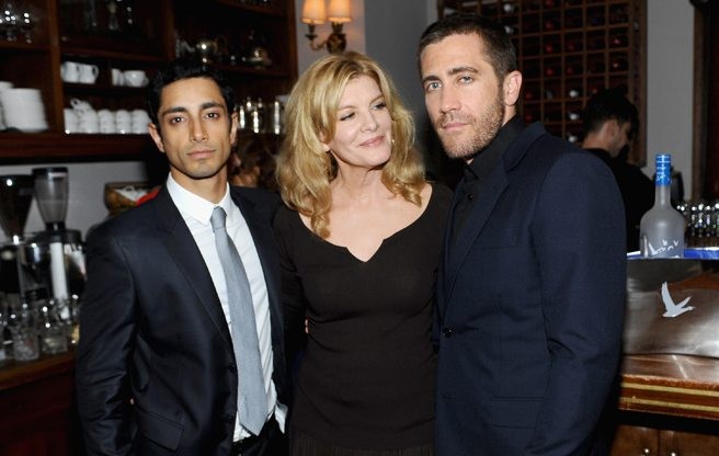 Jake Gyllenhaal and Rene Russo teetotal their way through <em>Nightcrawler</em>'s pre-party