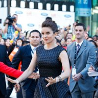 Tina Fey cracks up the carpet at the debut of <em>This is Where I Leave You</em>