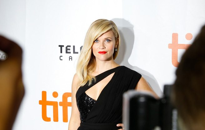 Reese Witherspoon reveals the contents of her backpack at <em>Wild</em>'s premiere