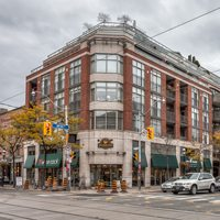 Condo of the Week: $900,000 to live in comfort above the St. Lawrence Market Second Cup