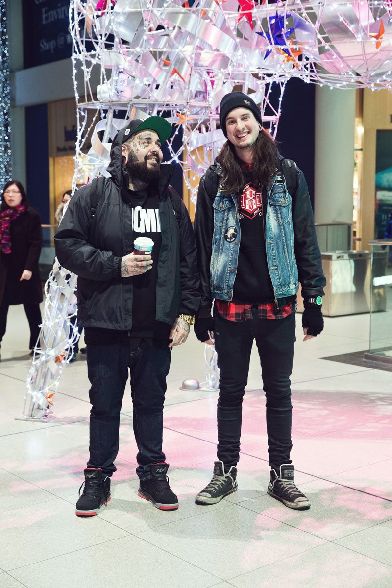 "Street Style: mall-goers look surprisingly cool while ""getting in and getting out"" at the Eaton Centre"