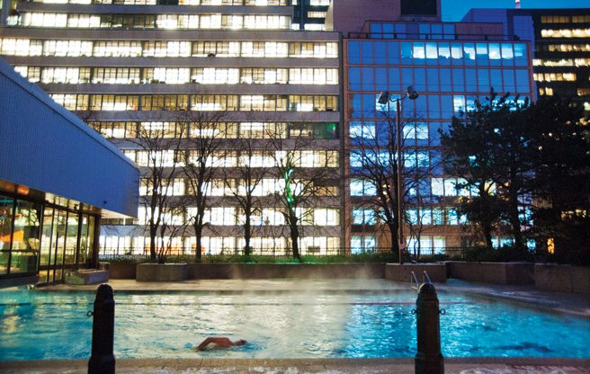 Secrets to a Happy Toronto Winter: #14. The Sheraton has an all-season outdoor pool