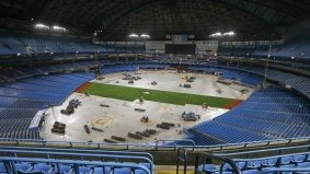 How the Rogers Centre turns a concrete floor into a field of dreams and fake grass
