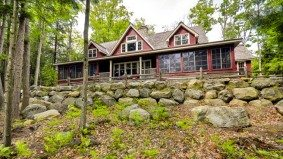 Cottage of the Week: $2.4 million for a luxury cottage near an exclusive golf club