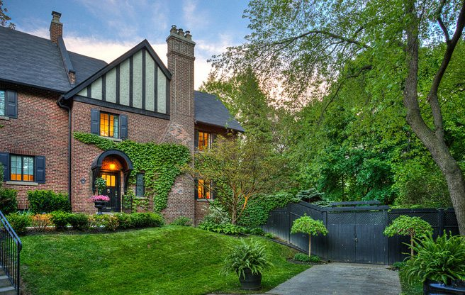 toronto-house-of-the-week-18-ancroft-place-intro