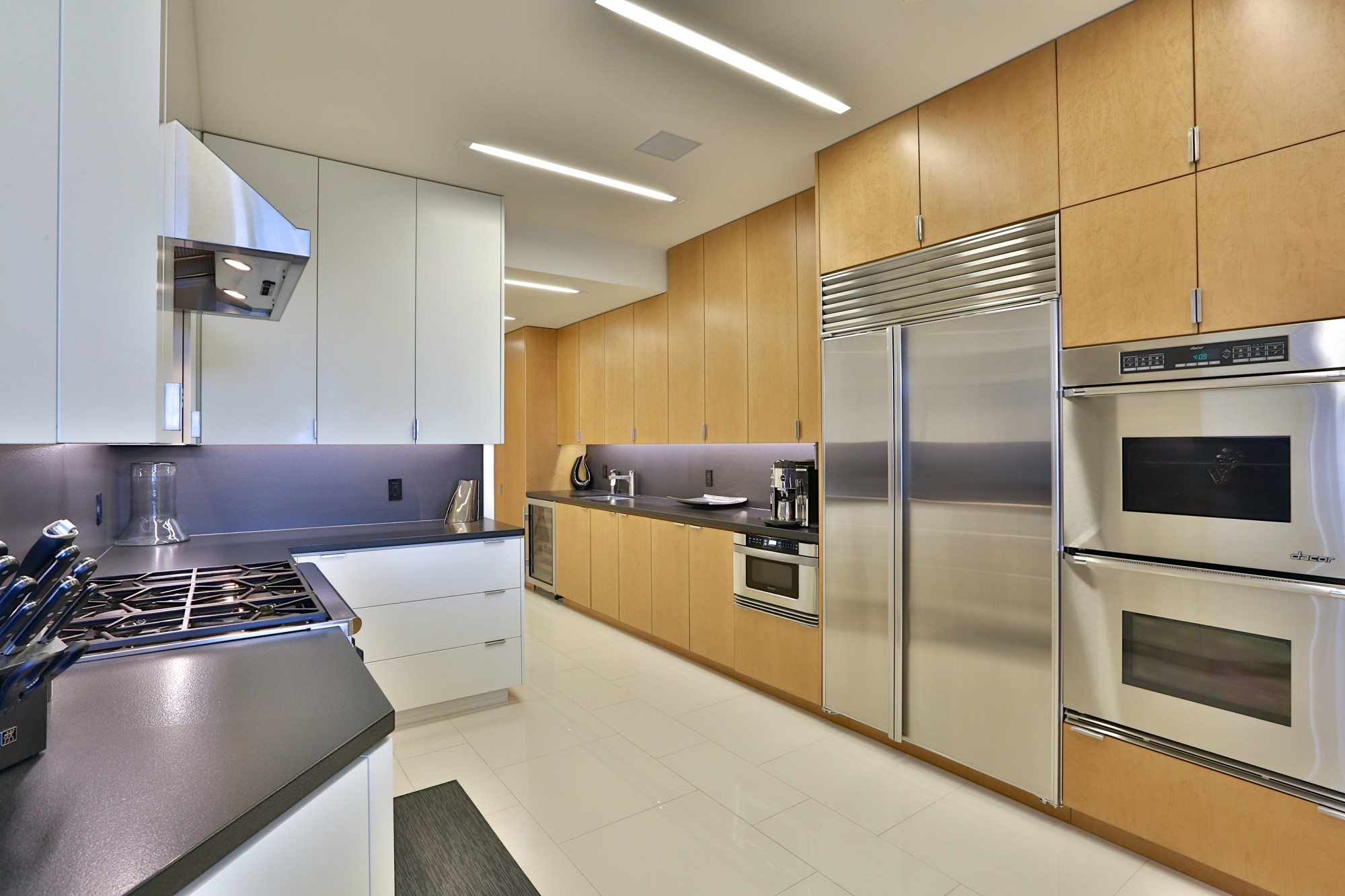 toronto-condo-for-sale-9-jackes-avenue-6