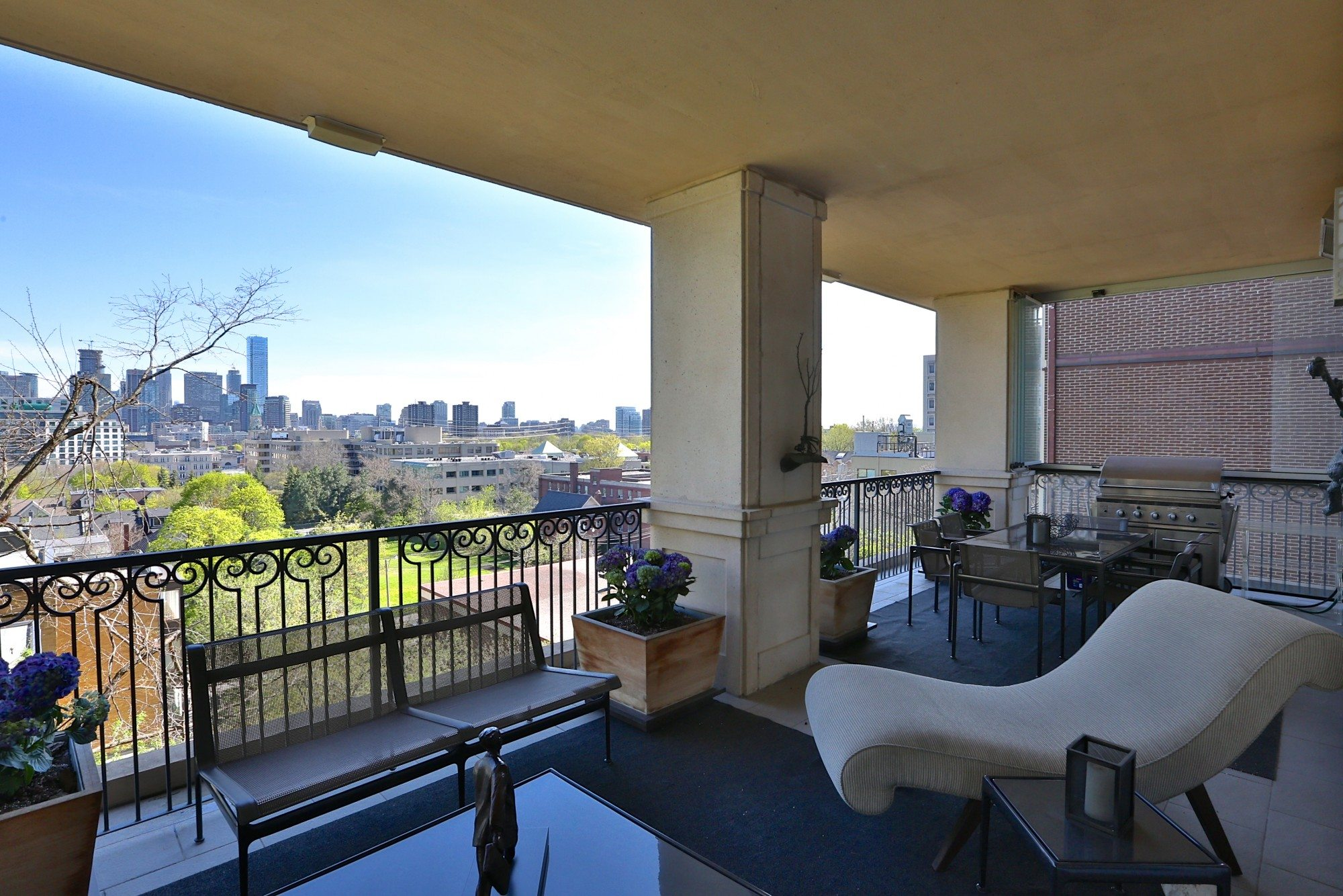 toronto-condo-for-sale-9-jackes-avenue-9