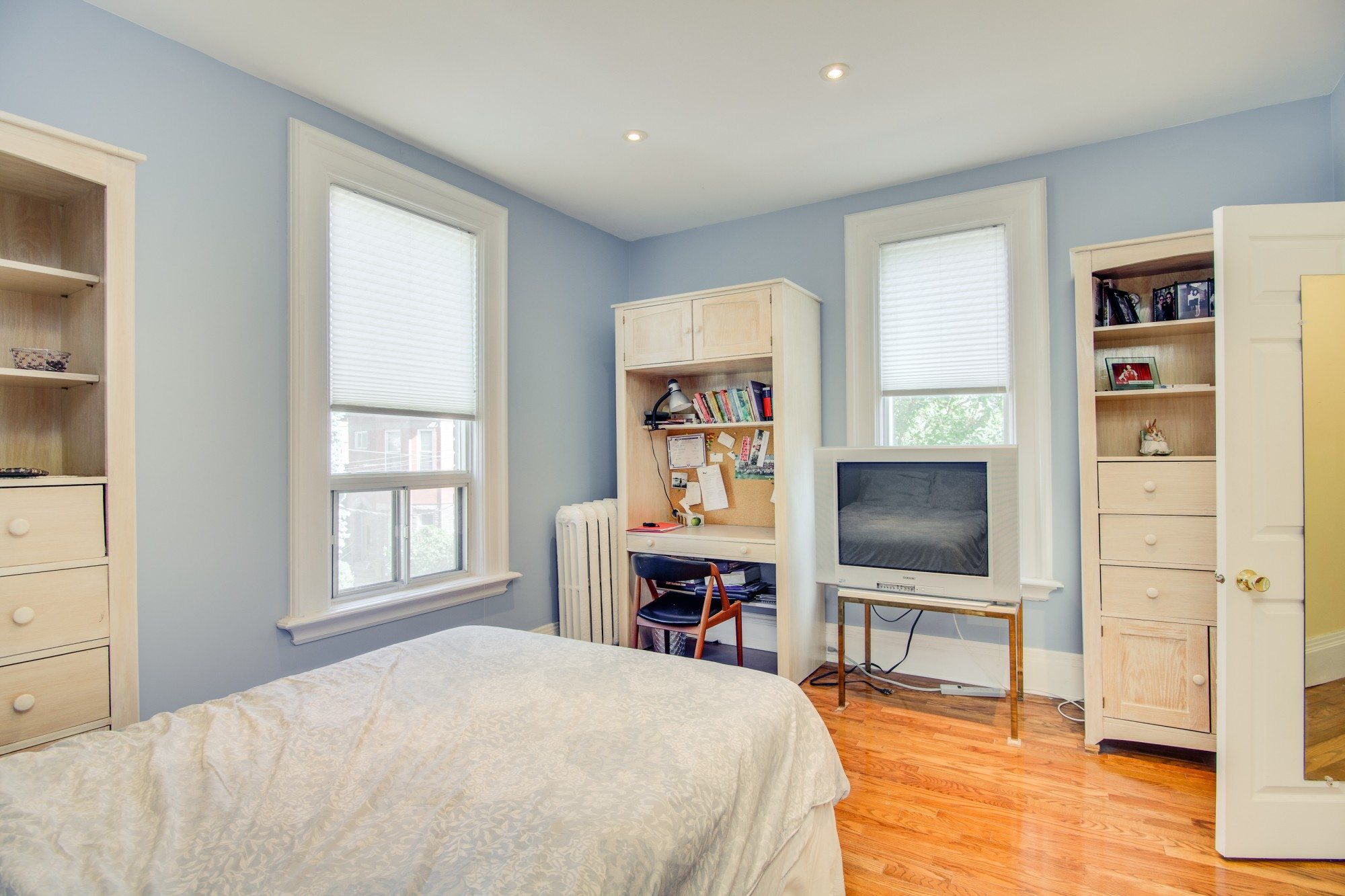 toronto-house-for-sale-55-walmer-road-10