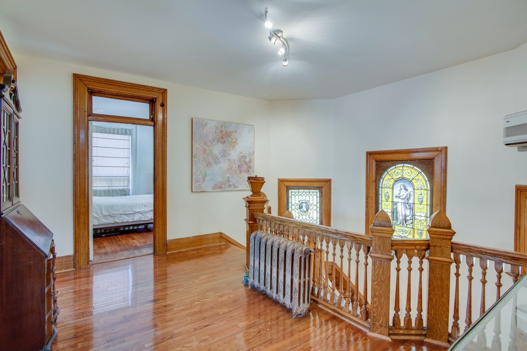 toronto-house-for-sale-55-walmer-road-14