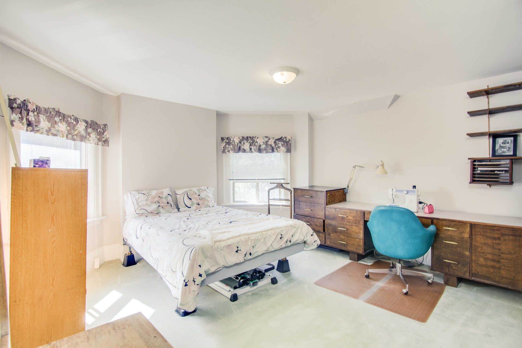 toronto-house-for-sale-55-walmer-road-17