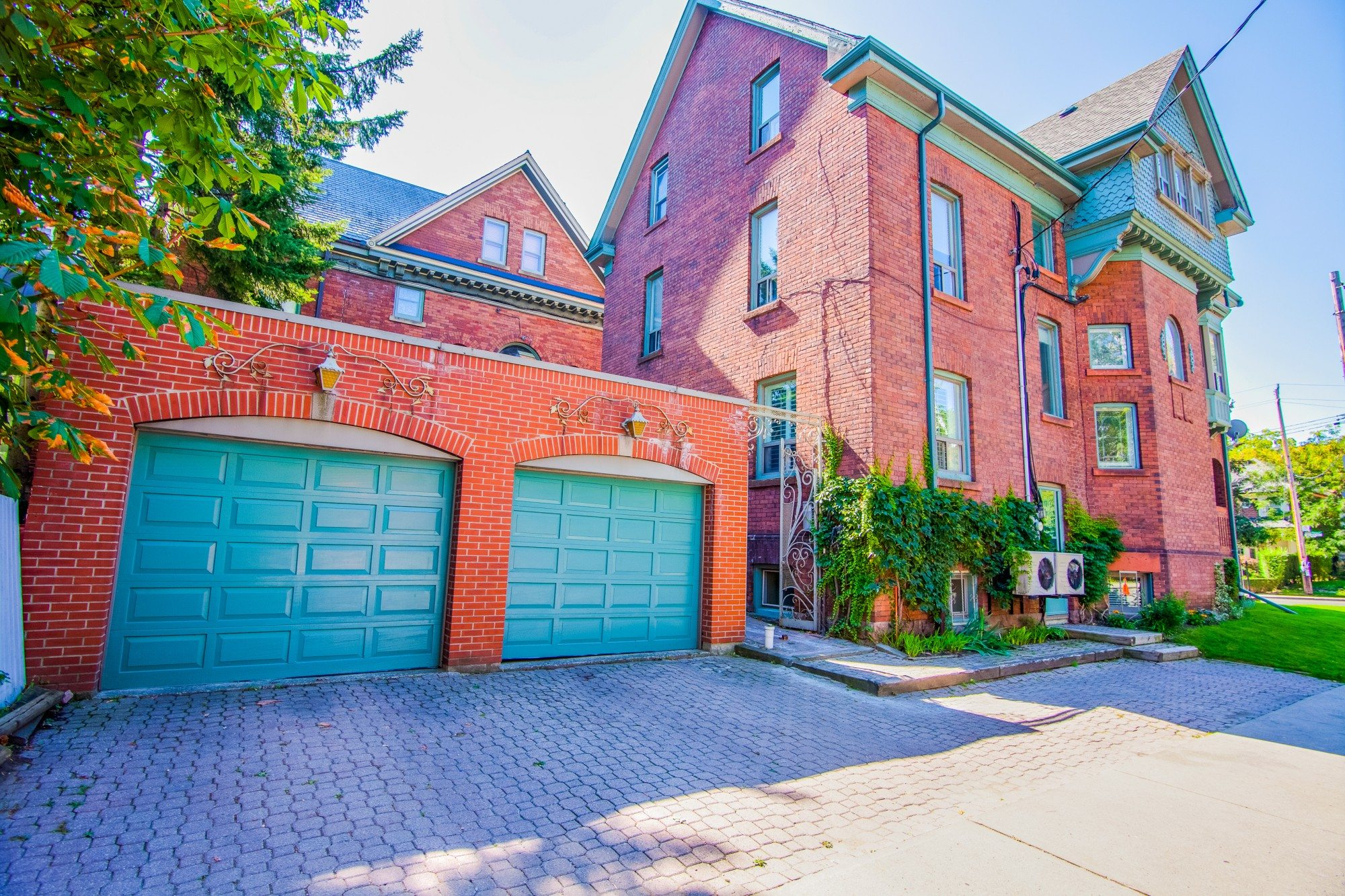 toronto-house-for-sale-55-walmer-road-20