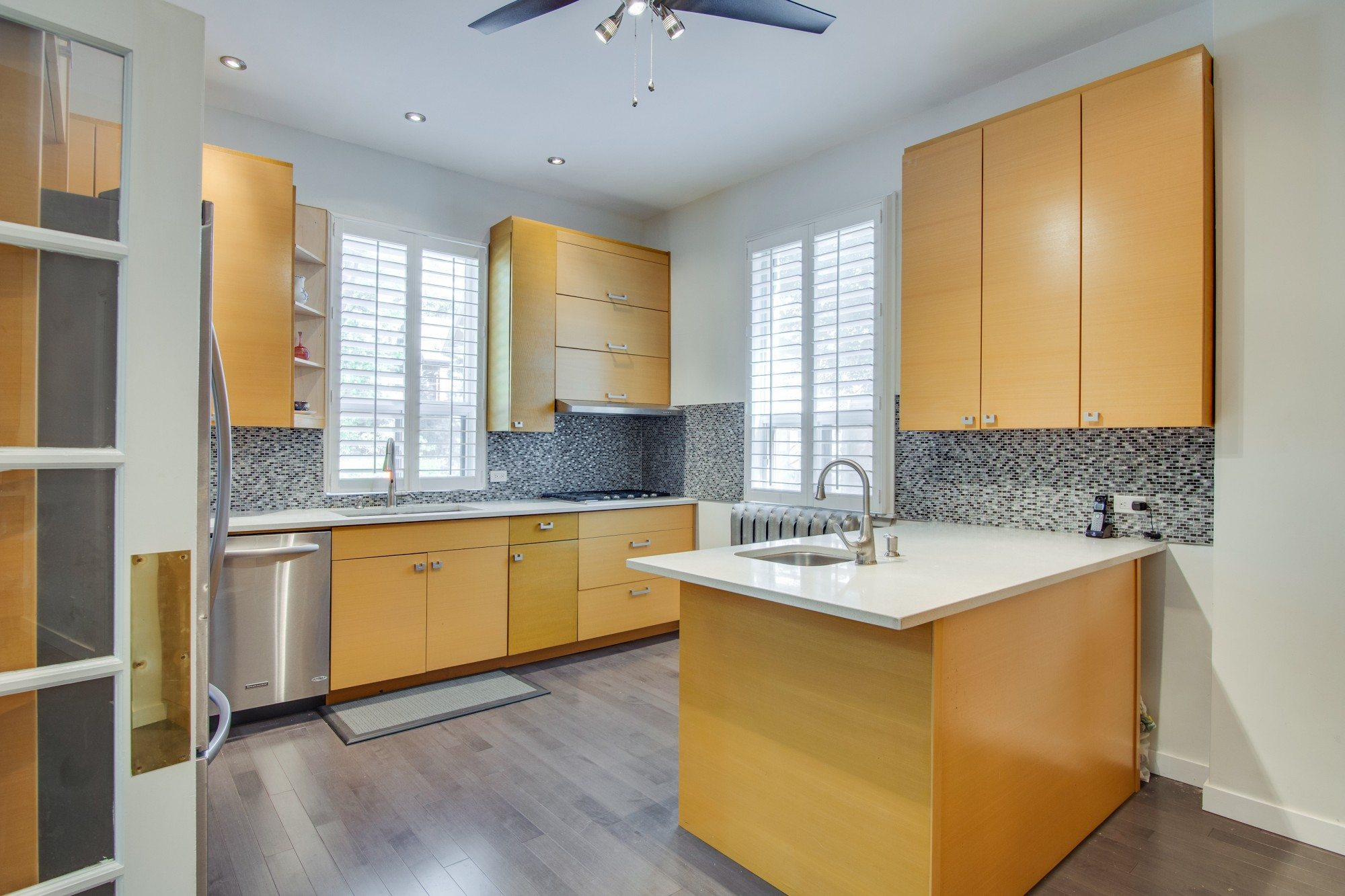 toronto-house-for-sale-55-walmer-road-7