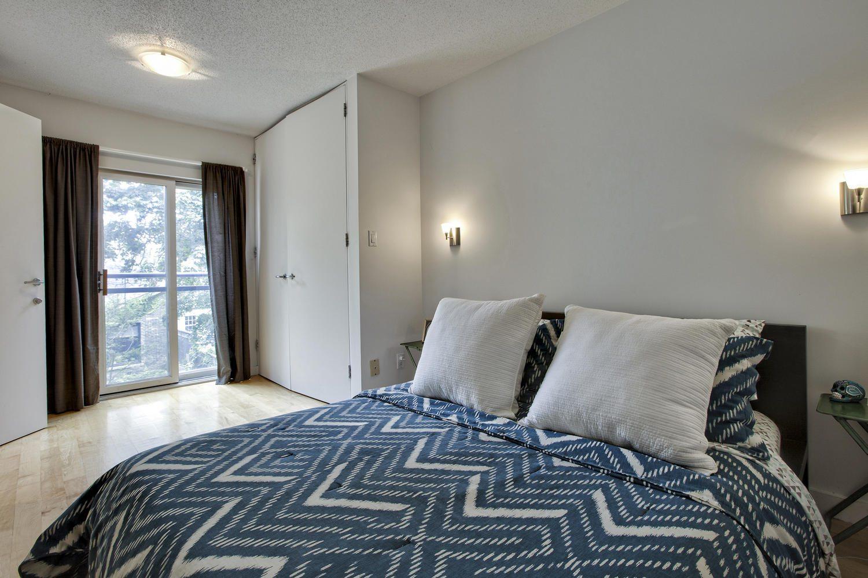 toronto-house-sold-298b-sackville-street-10