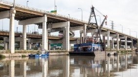 How muck from the mouth of the Don River becomes new land for the Leslie Street Spit