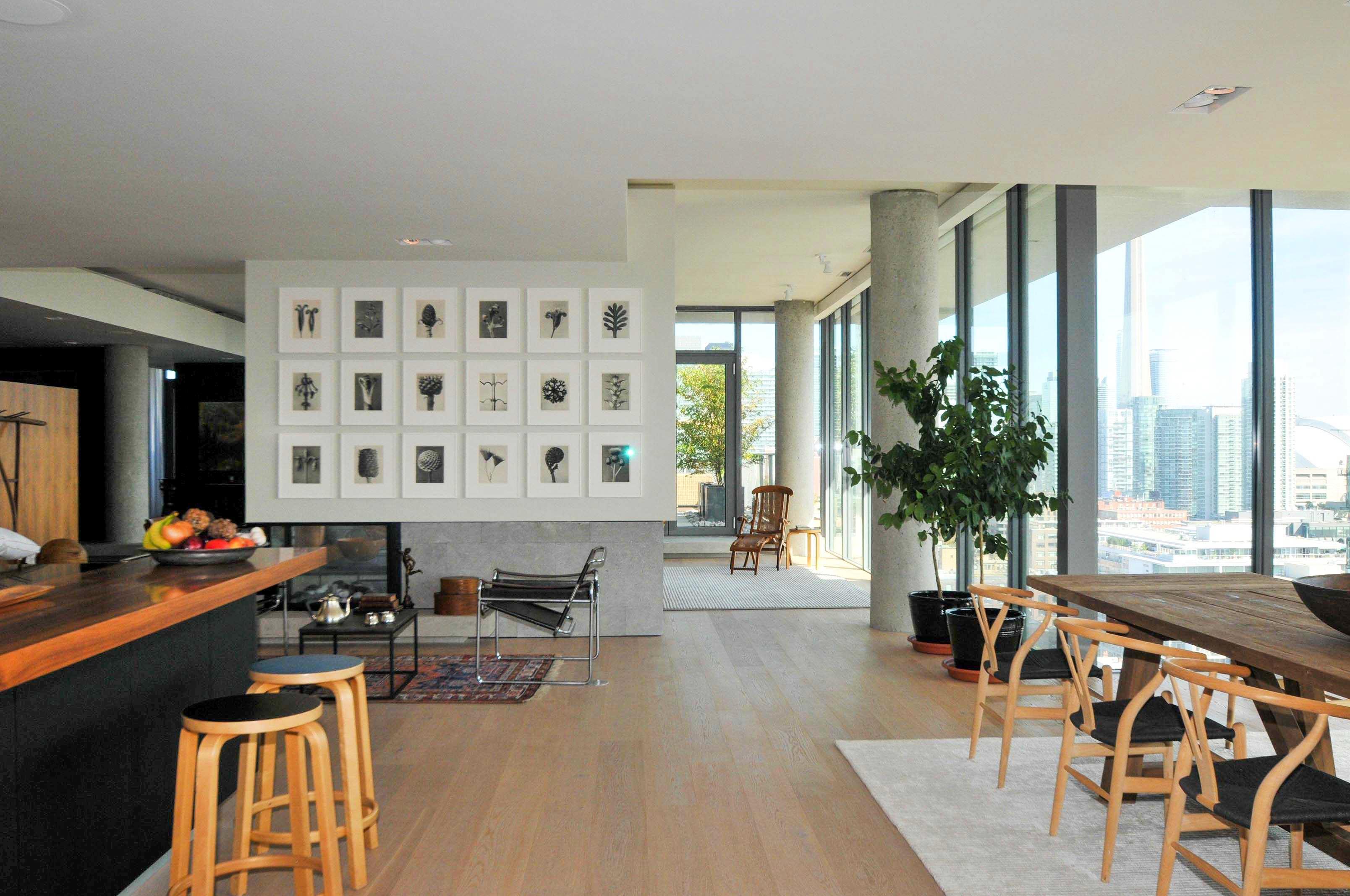 toronto-condo-for-sale-95-bathurst-street-5