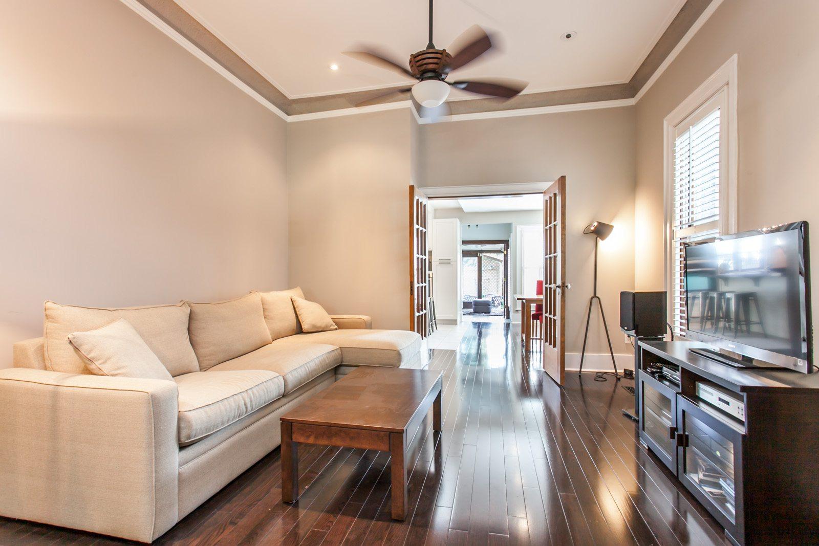 toronto-house-sold-165-huron-street-3