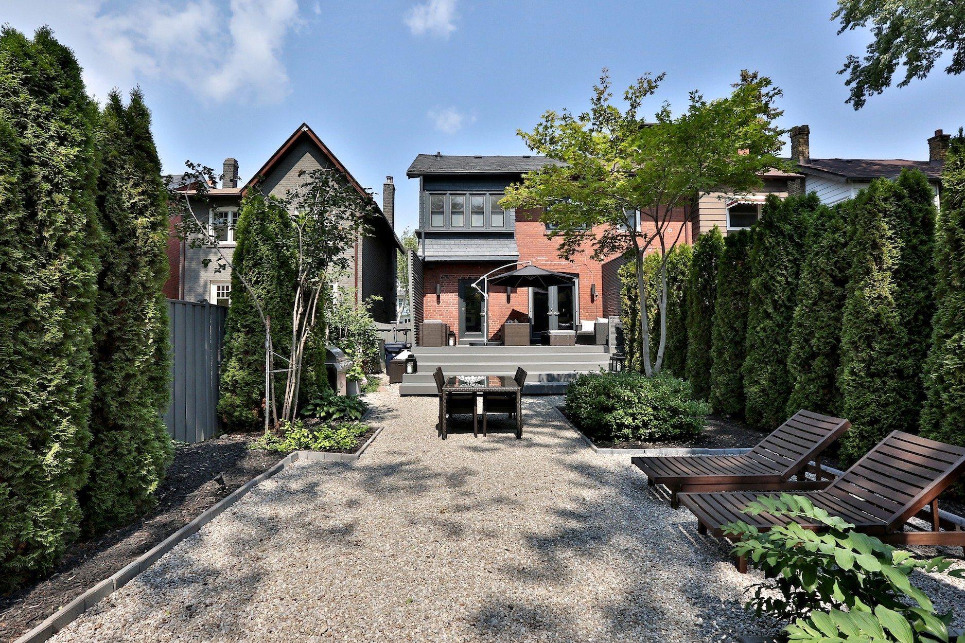 toronto-house-sold-83-moore-avenue-13