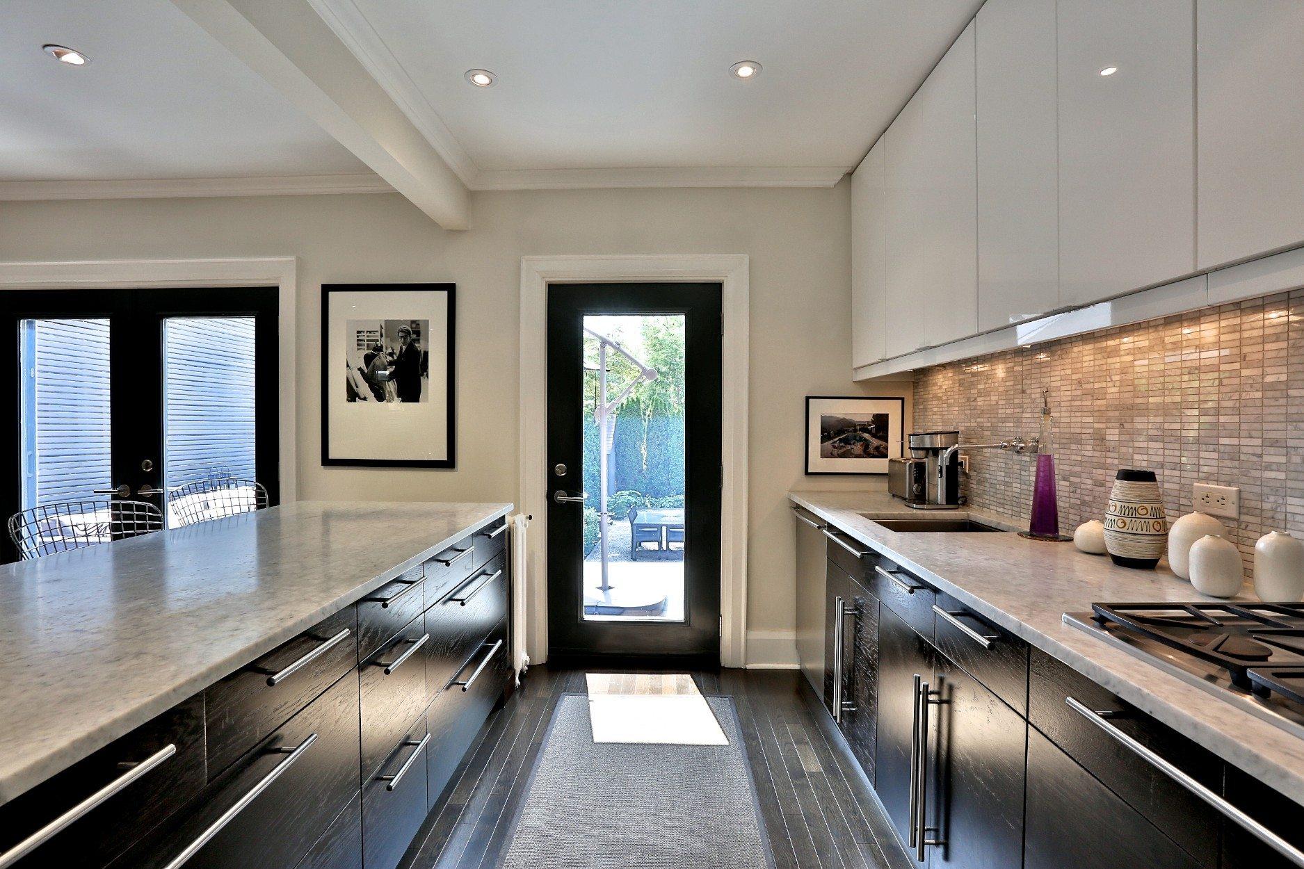 toronto-house-sold-83-moore-avenue-5