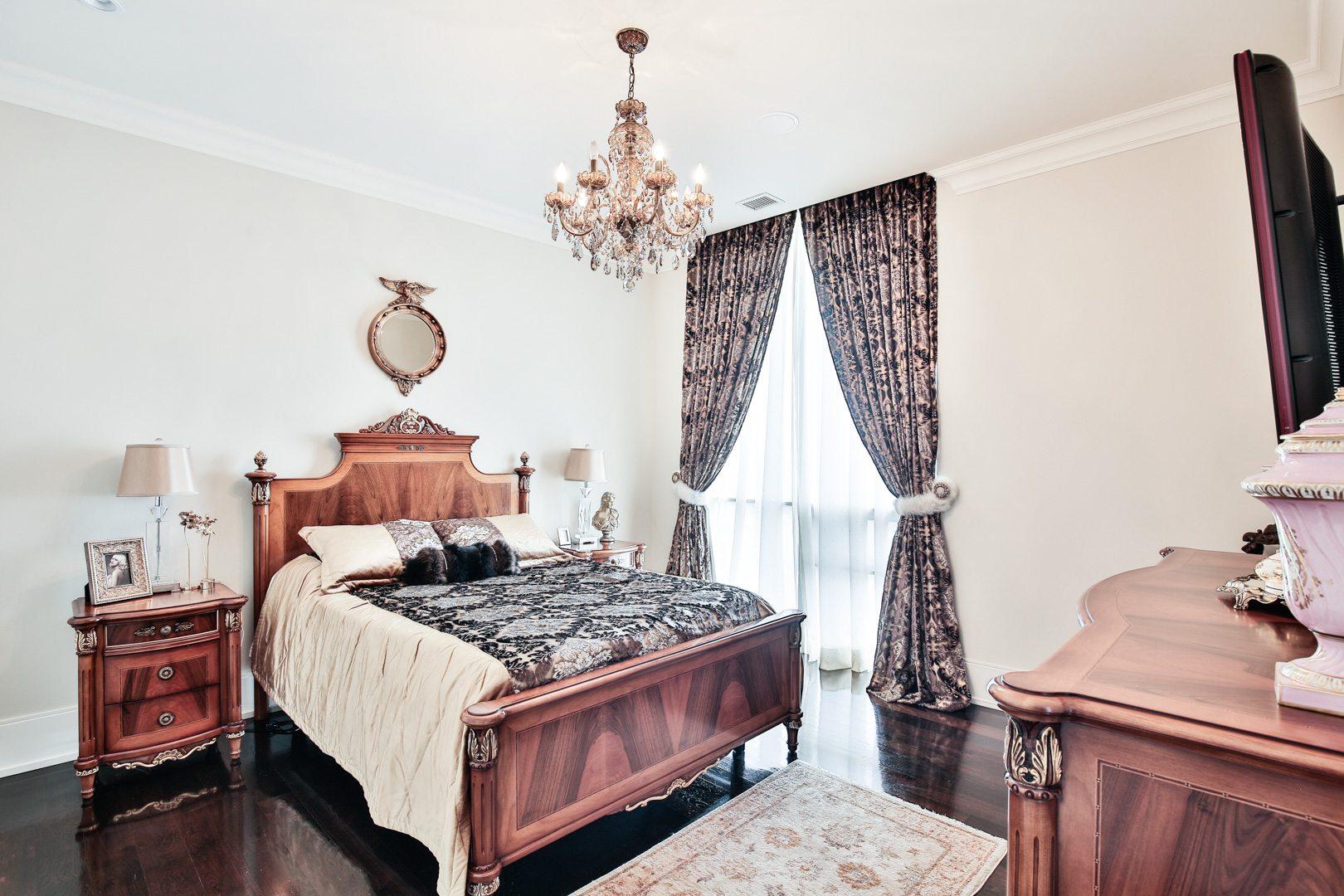 toronto-condo-sold-70-roehampton-avenue-8