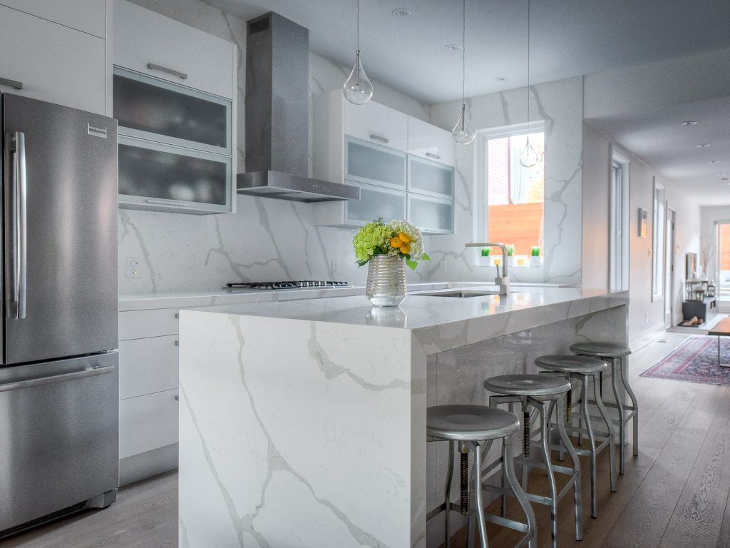 toronto-house-for-sale-18-foxley-street-5