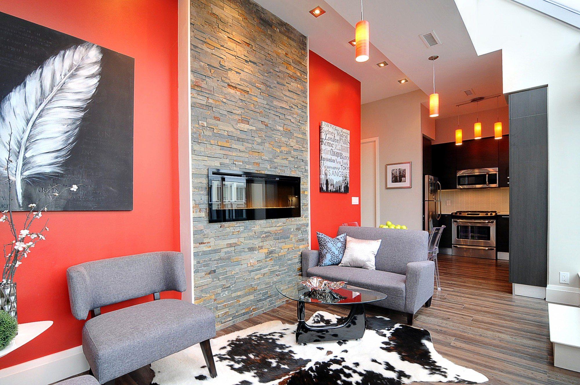 toronto-condo-for-sale-399-adelaide-street-west-living-1