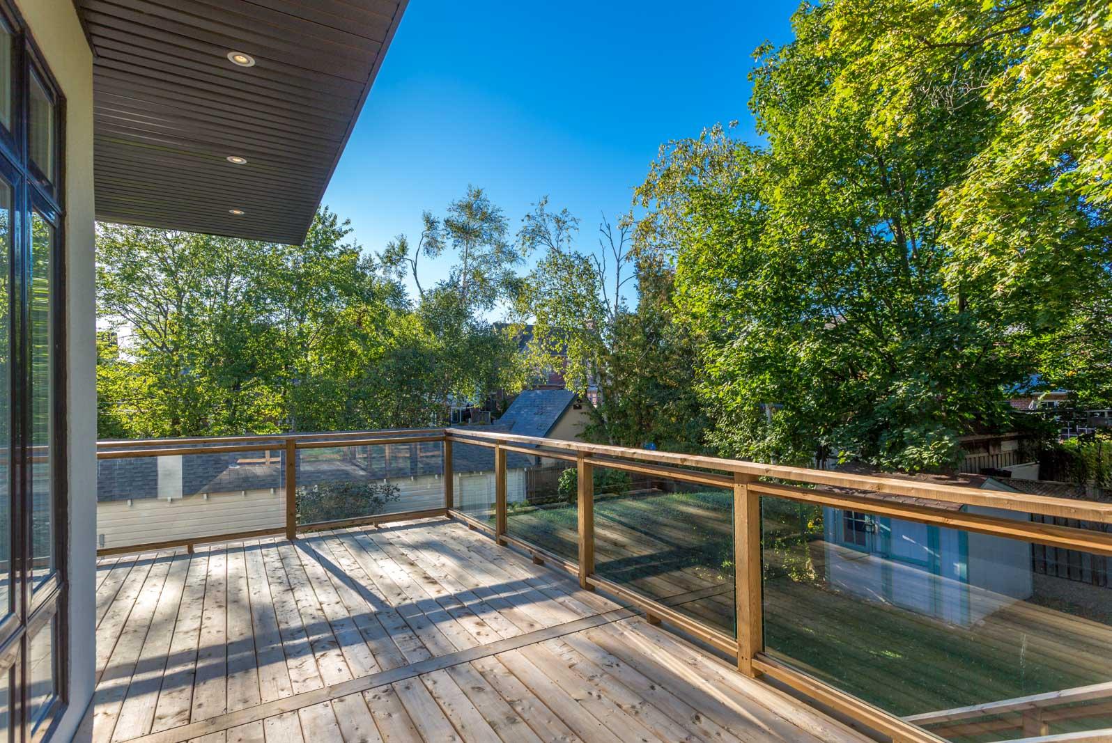toronto-house-for-sale-118-brooke-avenue-8