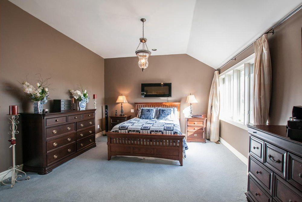 toronto-house-for-sale-25-great-oak-drive-14