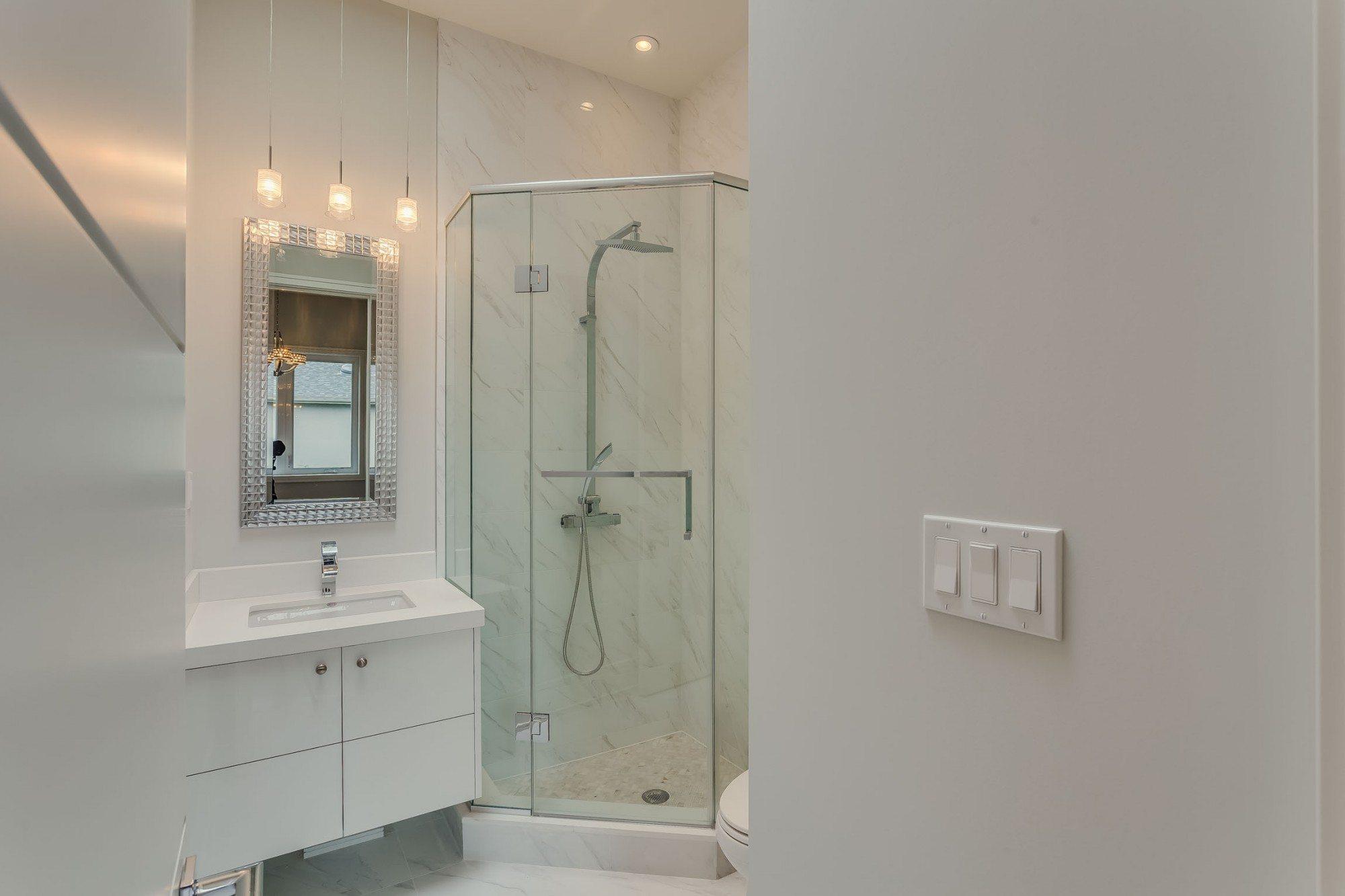 toronto-house-sold-22-carmichael-avenue-11