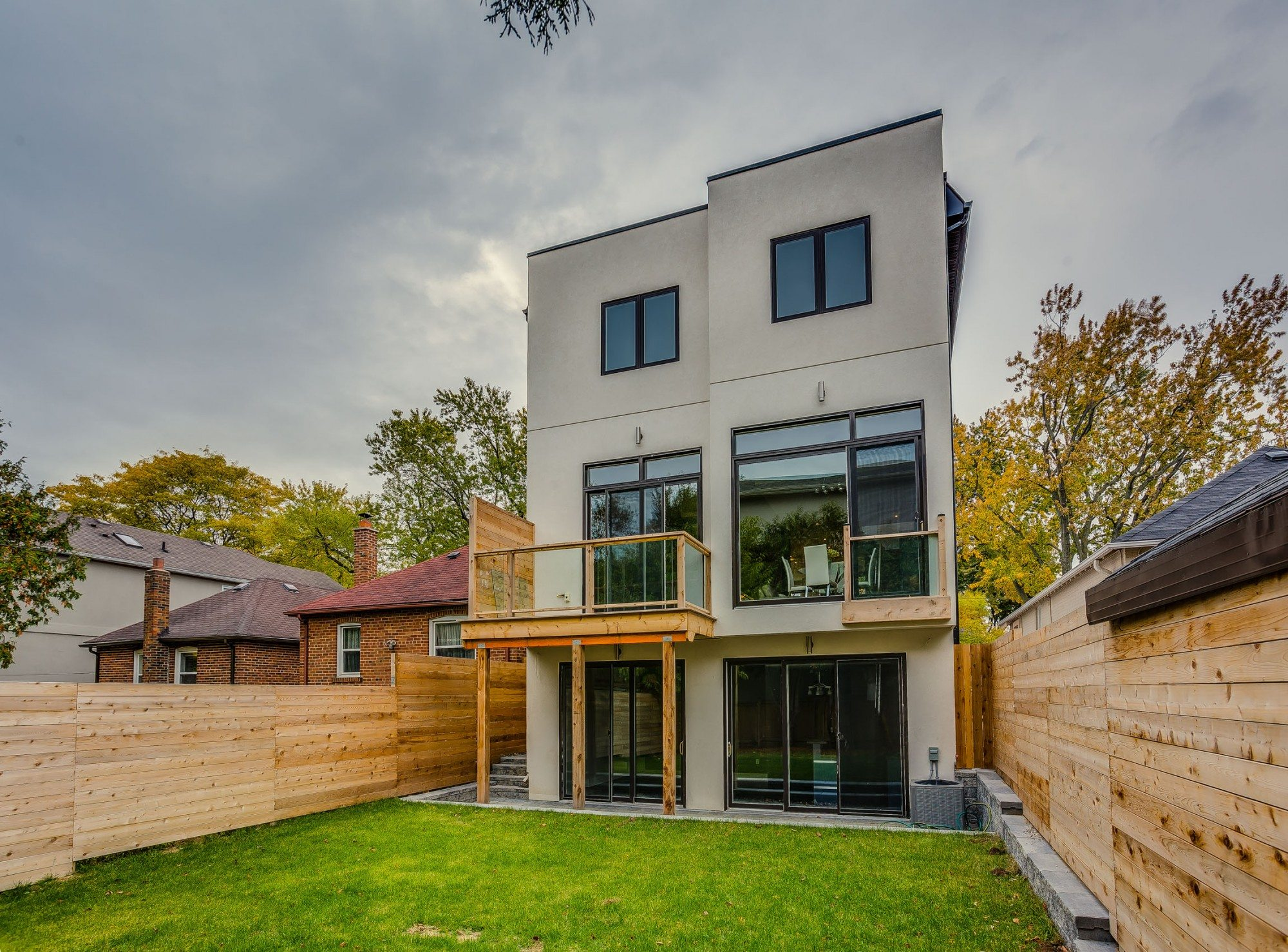 toronto-house-sold-22-carmichael-avenue-18