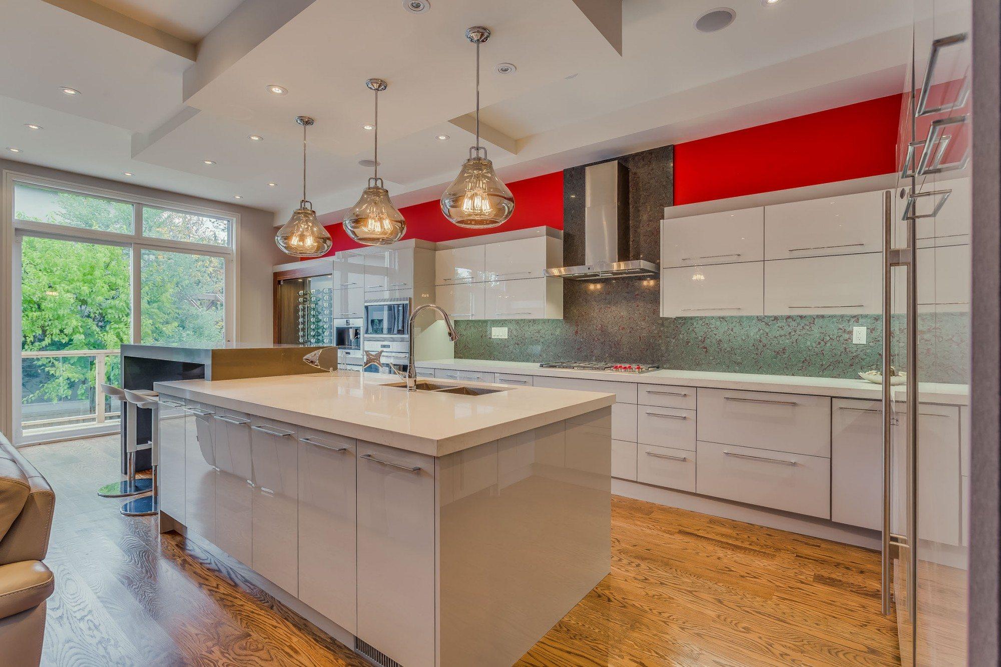 toronto-house-sold-22-carmichael-avenue-5