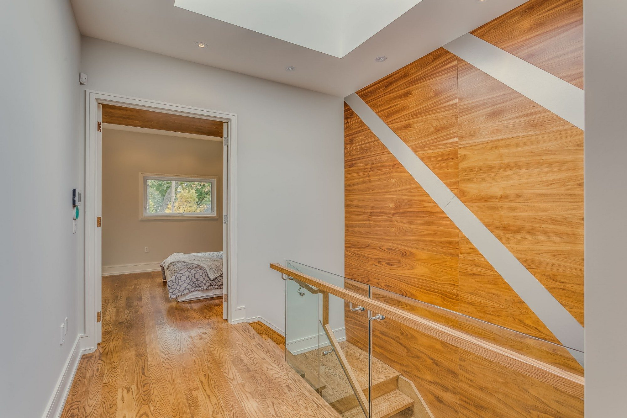 toronto-house-sold-22-carmichael-avenue-9