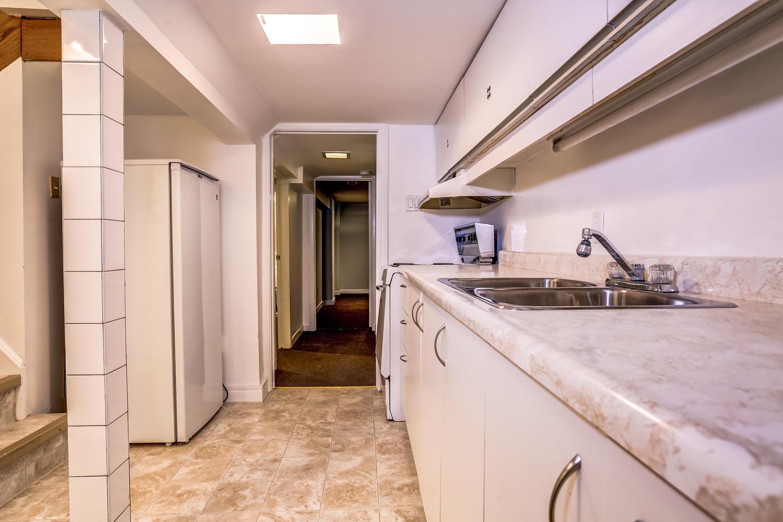 toronto-house-sold-17-harcourt-avenue-13