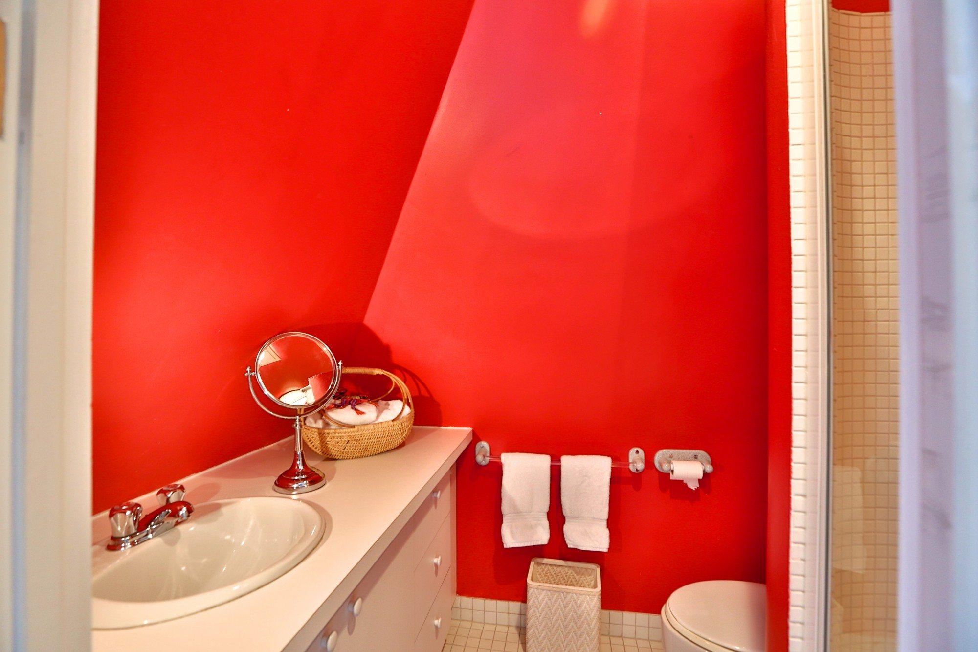 toronto-house-sold-25-bernard-avenue-14
