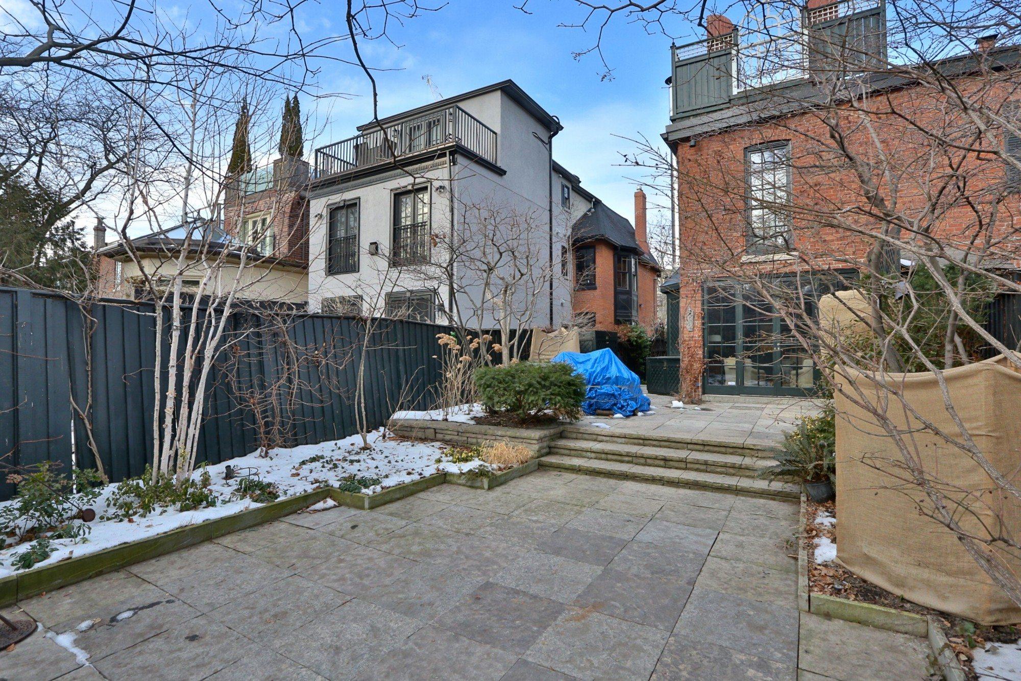 toronto-house-sold-25-bernard-avenue-17