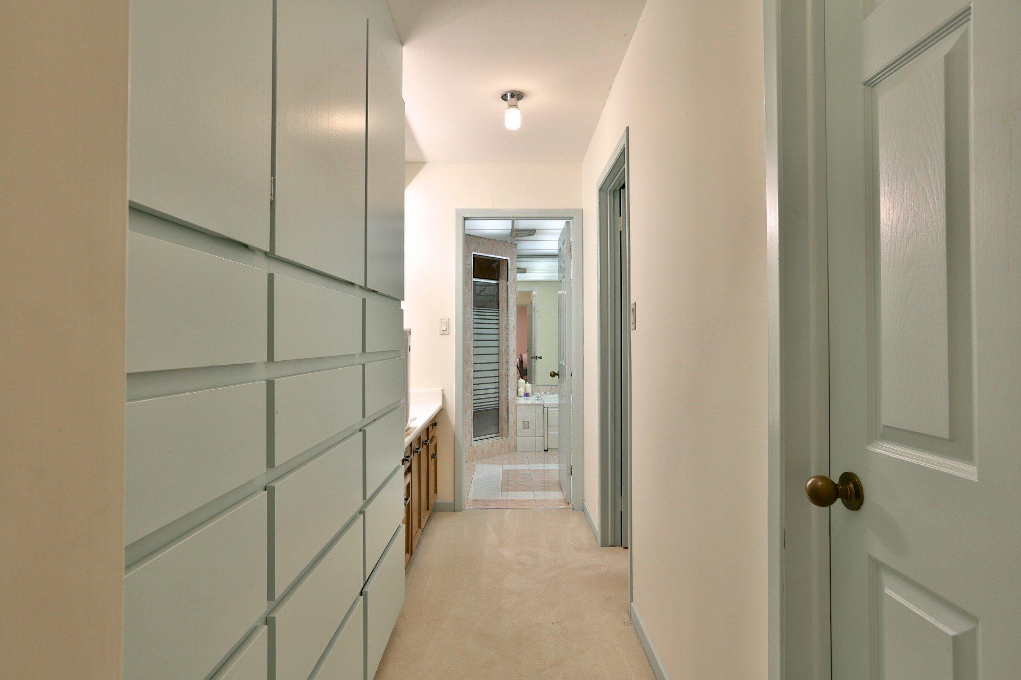 toronto-house-sold-6-debell-lane-13