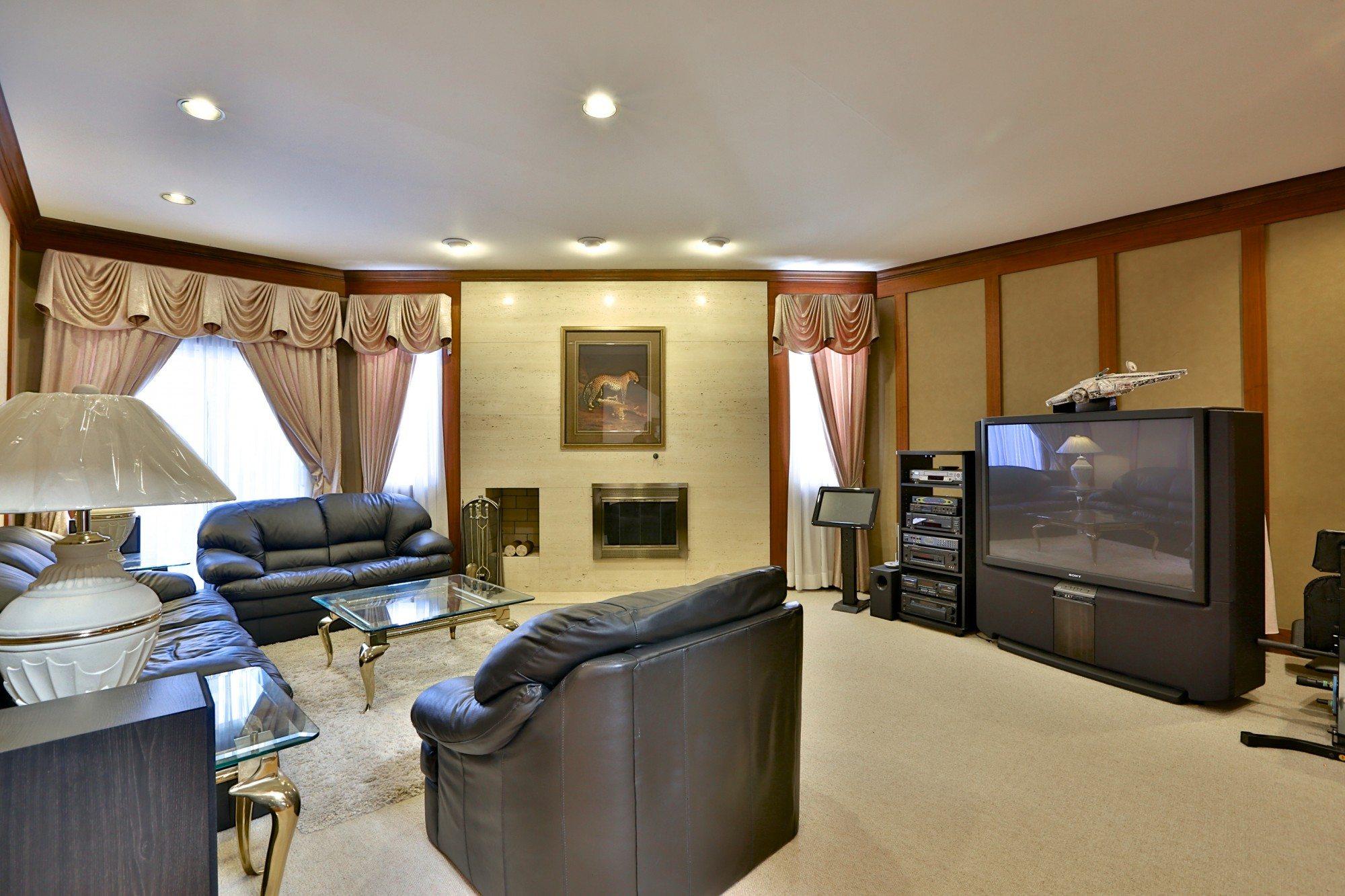 toronto-house-sold-6-debell-lane-4