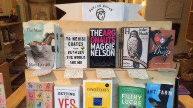 Why this bookstore sells just 10 titles at a time—and why it works