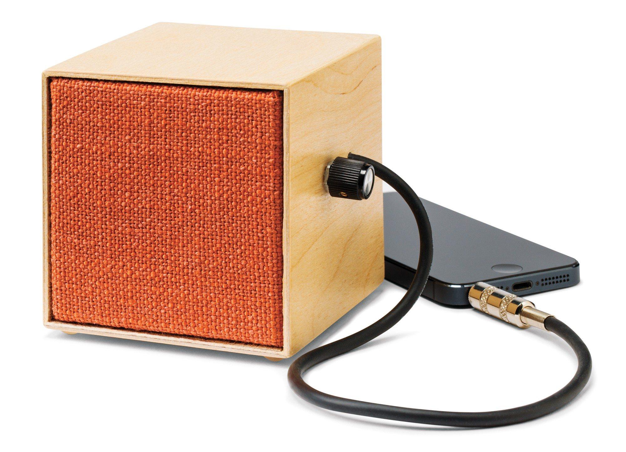 Mini portable speaker $80 by Mélissa Tremblay and Fratzel Descadres