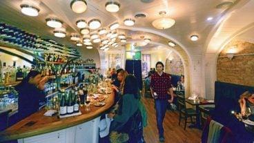Best Toronto Restaurants 2016: The Commodore