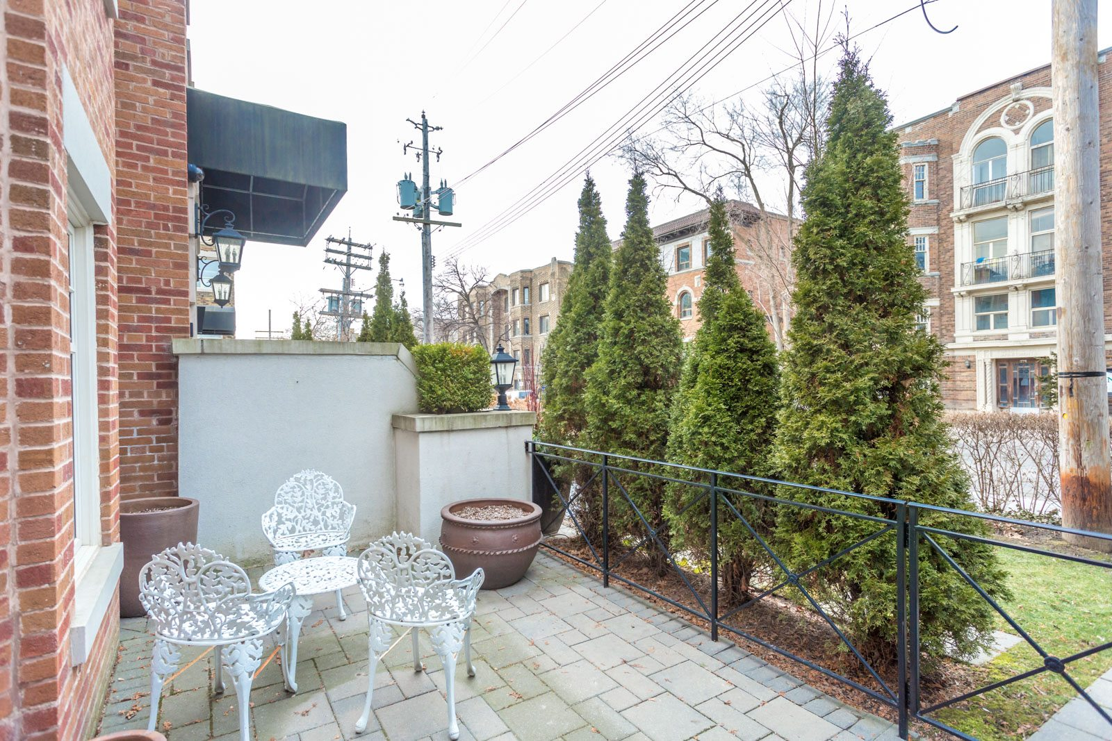toronto-condo-for-sale-317-lonsdale-road-12
