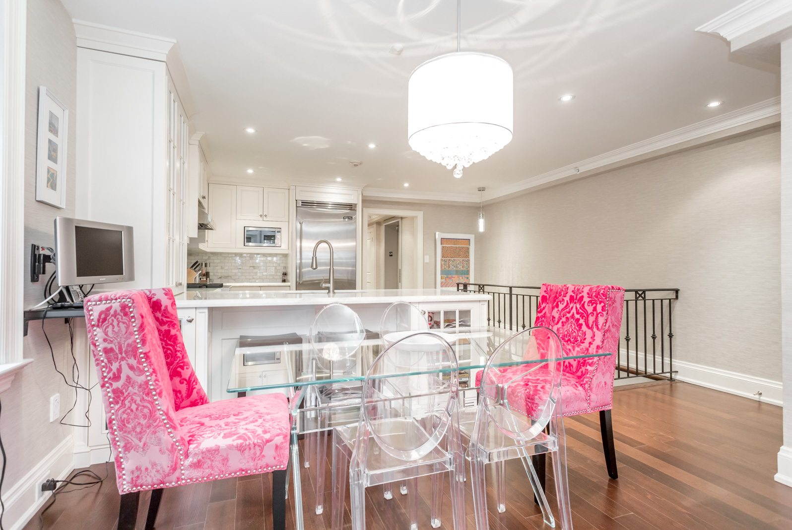 toronto-condo-for-sale-317-lonsdale-road-4