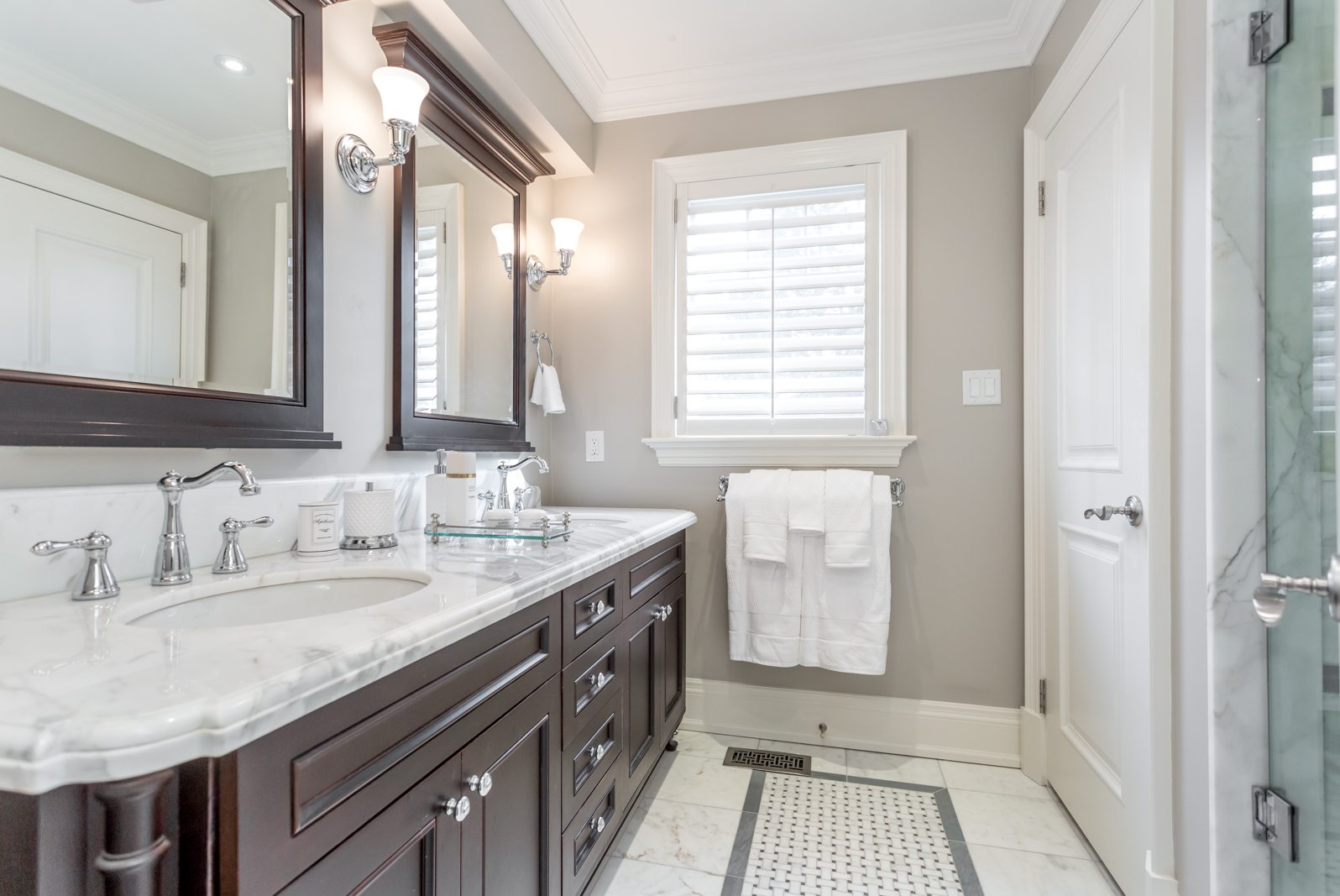 toronto-condo-for-sale-317-lonsdale-road-9