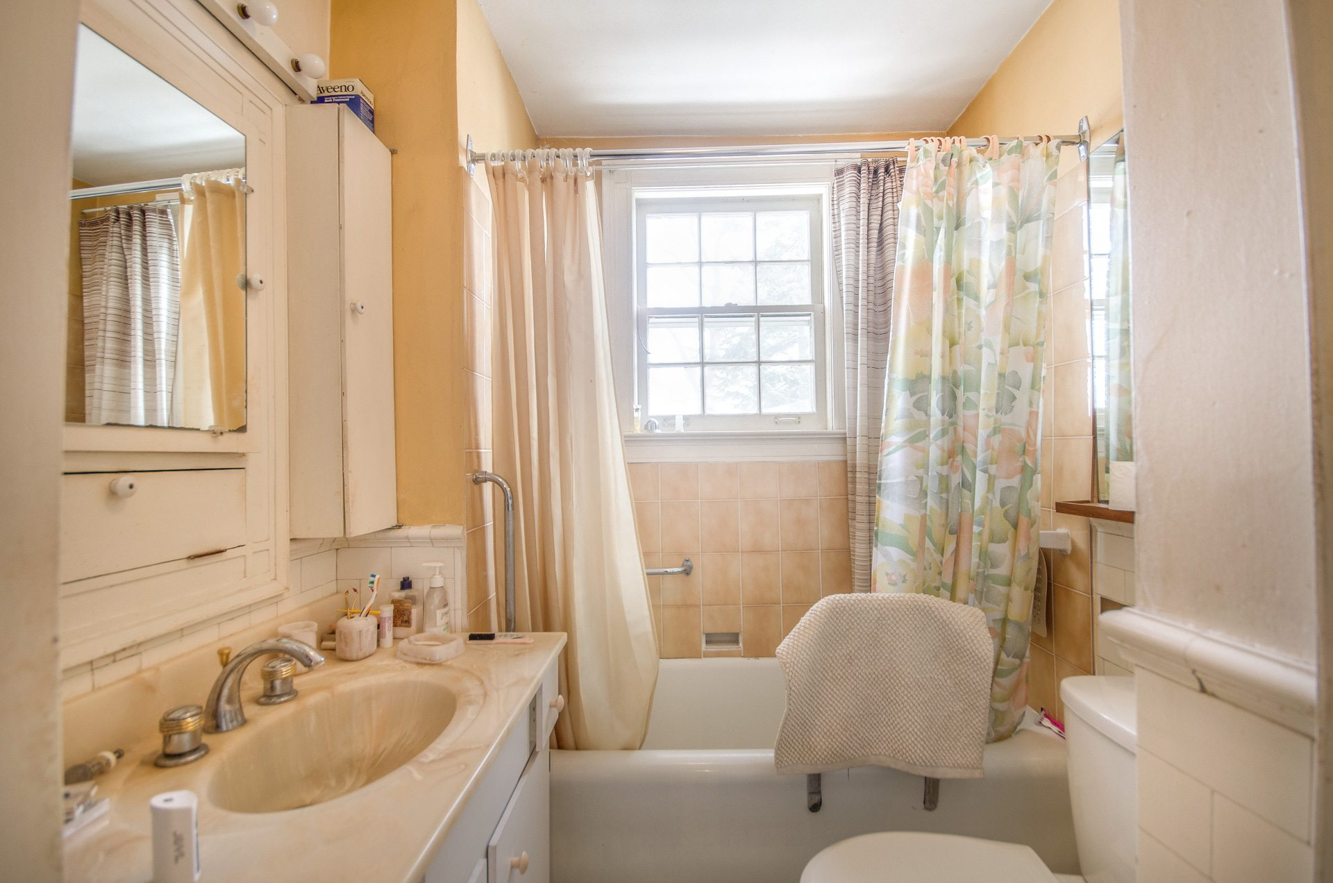 toronto-house-for-sale-27-grenadier-heights-12